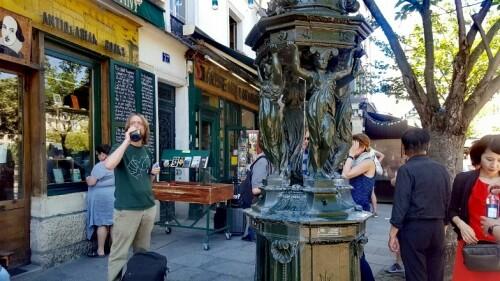 Paris günstig Wallace Brunnen